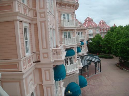 Hotel disneyland paris rincones secretos for Habitacion familiar disneyland paris