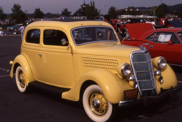 1935 ford deluxe 2 door coach flickr photo sharing for 1935 ford 4 door sedan