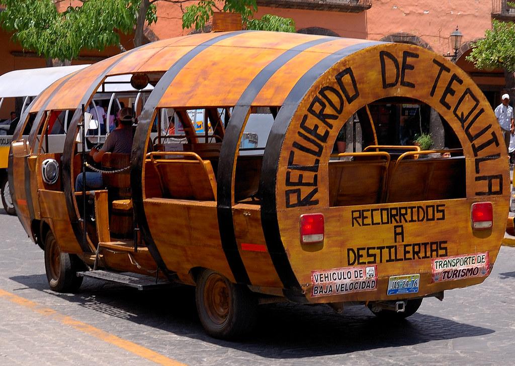 Camion Recorrido Turistico en Tequila Jalisco Mexico