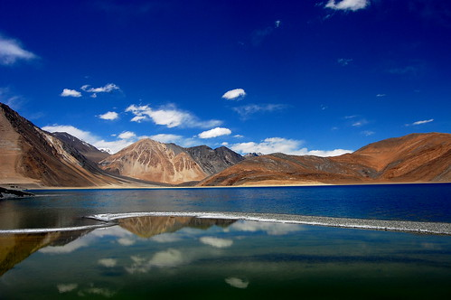 Everybody Wants to See Heaven - Nobody Wants to Die - Visit Pangong Tso ;)