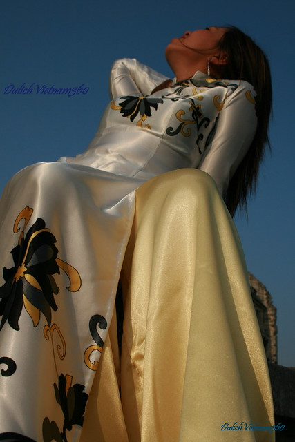 Aodai - Vietnamese national costume
