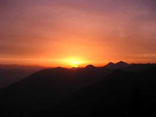 sunrise mussoorie laltibba