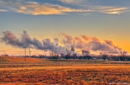 morning sky industry oklahoma clouds sunrise landscape flickr smoke steam hdr muskogee browngrass photomatix muskogeeturnpike citrit doniannone nikond80camera