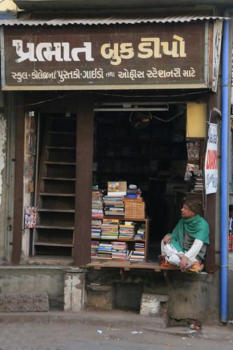 book vendor