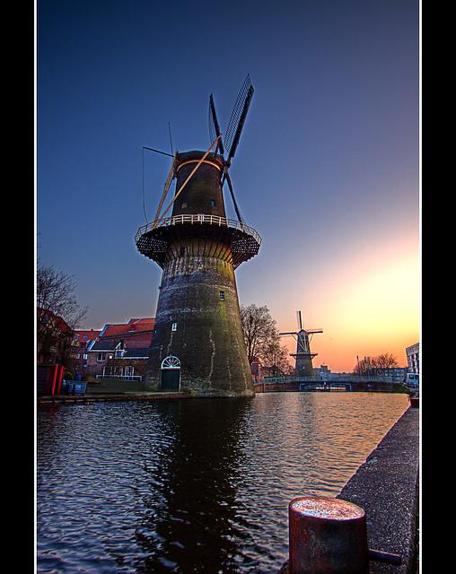Giants - Schiedam