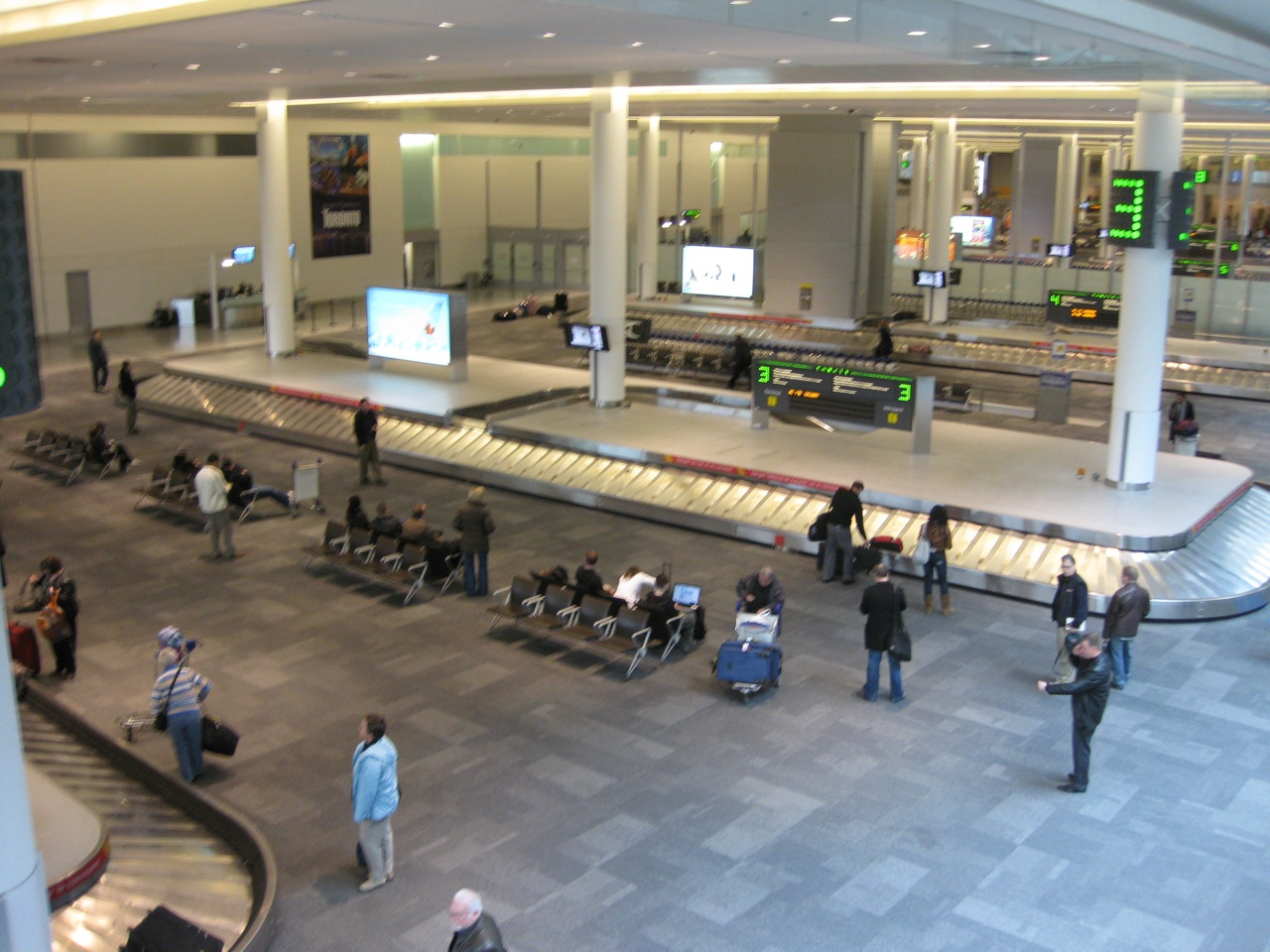 Pearson Airport - Baggage Claim