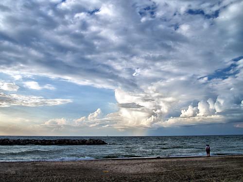sunset people lake beach water clouds boat sand waves dusk pennsylvania sable lac olympus erie nuage bateau crépuscule plage gens breakwater presqueisle evolt leau e500 ressac briselames trombante
