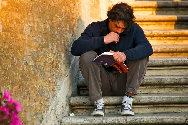 你不笨,這才是你說話總是支支吾吾的原因:不看書
