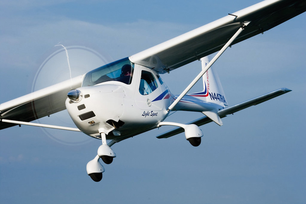 REMOS GX - First in light sport aircraft sales | Remos