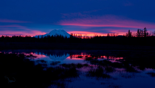 longexposure blue sun mountains reflection water silhouette rural sunrise canon landscape pond rainier washingtonstate mtrainier t4i 1riverat matthewreichel