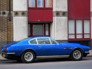 Aston Martin Classic Coupé V8 1975