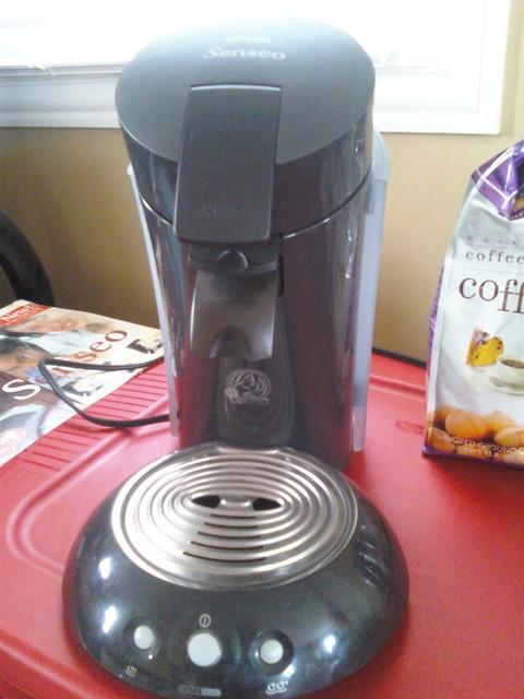 Senseo Coffee Maker Flashing Red Light : Phillips Senseo Single Serve Coffee Maker Flickr - Photo Sharing!