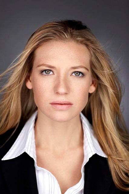 anna torv height