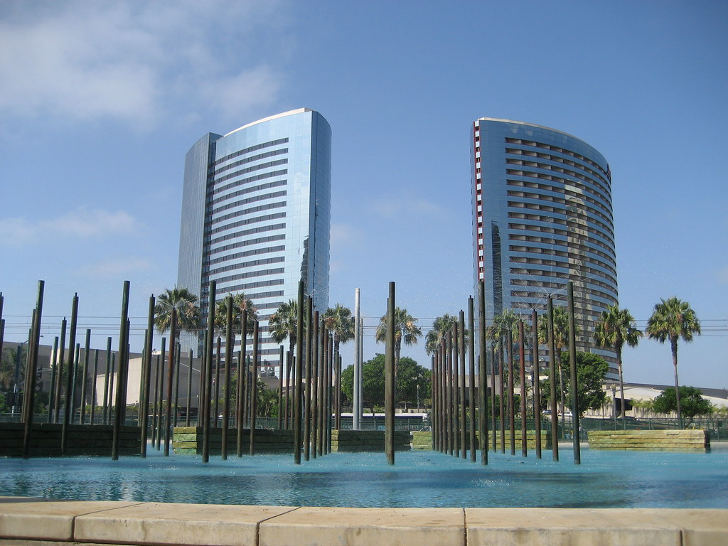 Towers, Pool and Fountain