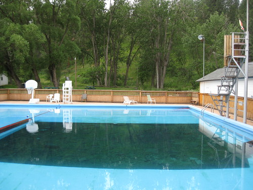 Cove Swimming Pool And Radium Hot Springs Soakers Forum
