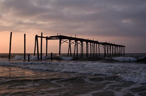 ocean old morning sky usa motion beach broken d50 pier newjersey nikon ruins waves nj atlantic oceancity brokenpier old59thstreetpier