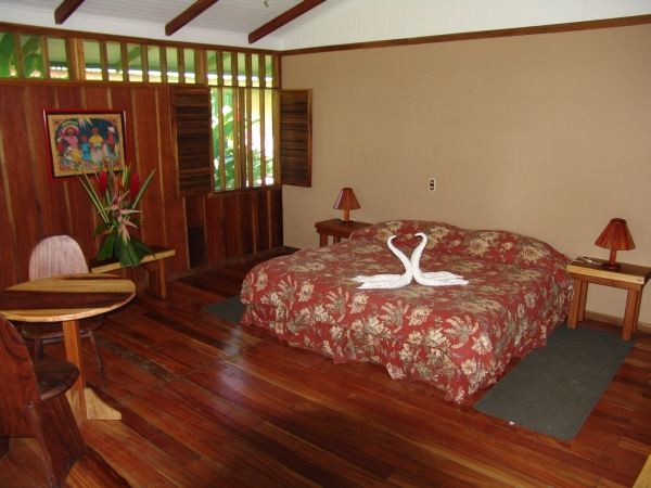 Mawamba Lodge in Tortuguero Costa Rica - vip room and honeymoon suite