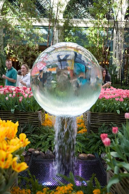 Fountain In The Botanical Gardens At Bellagio Las Vegas