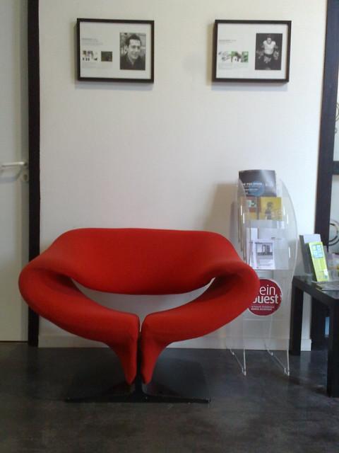 fauteuil pierre paulin twitter hall de l. Black Bedroom Furniture Sets. Home Design Ideas