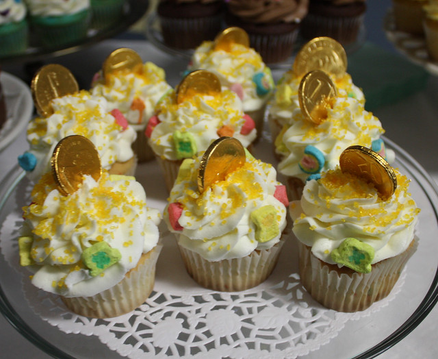 lucky charms cupcakes | Flickr - Photo Sharing!