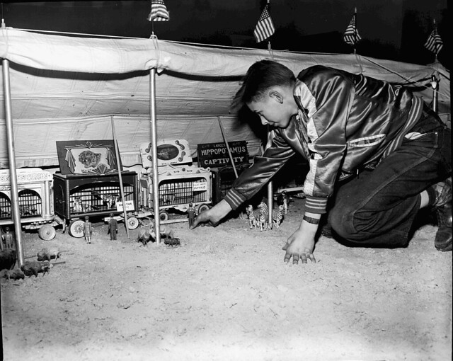 Tony the Atomic Clown and his Miniature Circus 1952