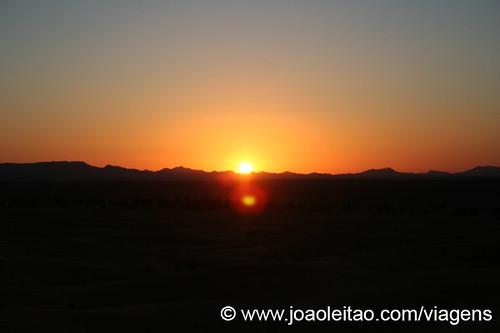 Lindo Pôr do sol em Marrocos