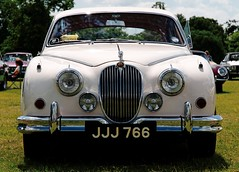 executive car(0.0), daimler 250(0.0), jaguar xk140(0.0), jaguar mark ix(0.0), convertible(0.0), automobile(1.0), automotive exterior(1.0), jaguar mark 2(1.0), vehicle(1.0), jaguar mark 1(1.0), mitsuoka viewt(1.0), jaguar xk150(1.0), antique car(1.0), vintage car(1.0), land vehicle(1.0), luxury vehicle(1.0), jaguar s-type(1.0),