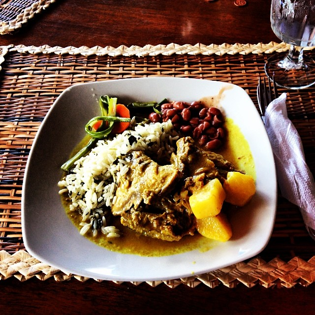 Curry chicken, Caribbean style. Mmmmmmm