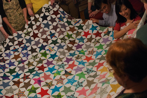 21 Mar 2009 - 21:39 - Connie's stars were on the paler side of the quilt, which unfortunately you can't see well in this photo.