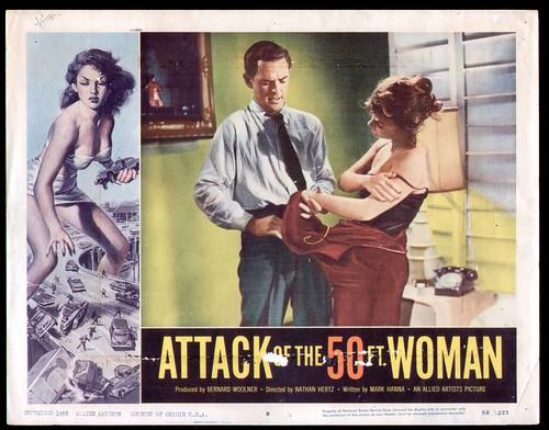 attack50ftwoman_lc8