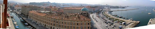 Panorama - Ponterosso e rive dal balcone Generali