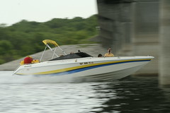 f1 powerboat racing(0.0), vehicle(1.0), skiff(1.0), powerboating(1.0), boating(1.0), motorboat(1.0), watercraft(1.0), boat(1.0),