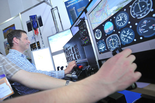 LinuxTag 2011 - FlightGear Flight Simulator