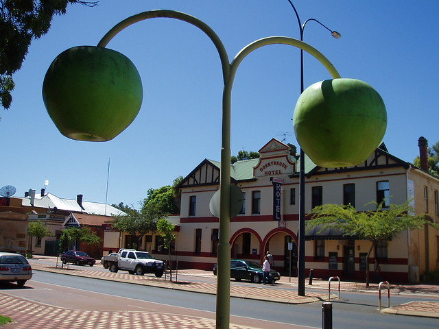 Donnybrook Australia  city photos gallery : Big Apples at Donnybrook | Donnybrook is the centre of an ap ...