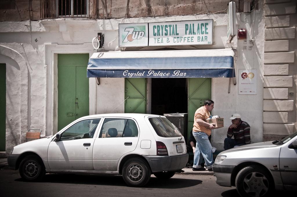 Crystal Palace Bar, Rabat 01