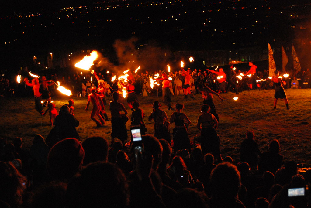 DSC_0439 Beltane Fire Festival 2009 - Calton Hill, Edinburgh - Half Naked Red Men