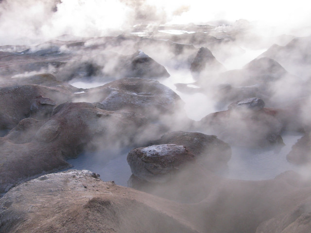 Solar de Manaña geyser
