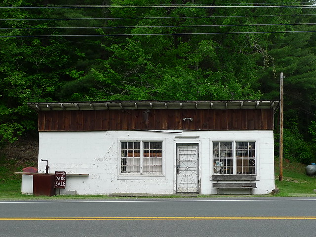 laurel bloomery chat sites Known as home of the old time filddler's convention, laurel bloomery is located at the north easternmost tip of tennessee with only about 100 students in the k-6 grade school, this is a cozy community.