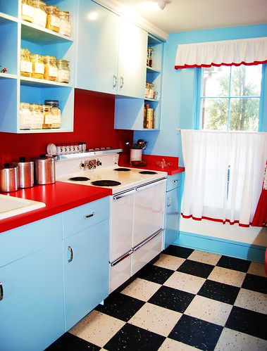 Marge Samuels' 50's kitchen | Flickr - Photo Sharing!