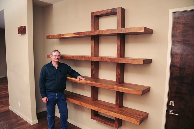 How to build wooden shelving units