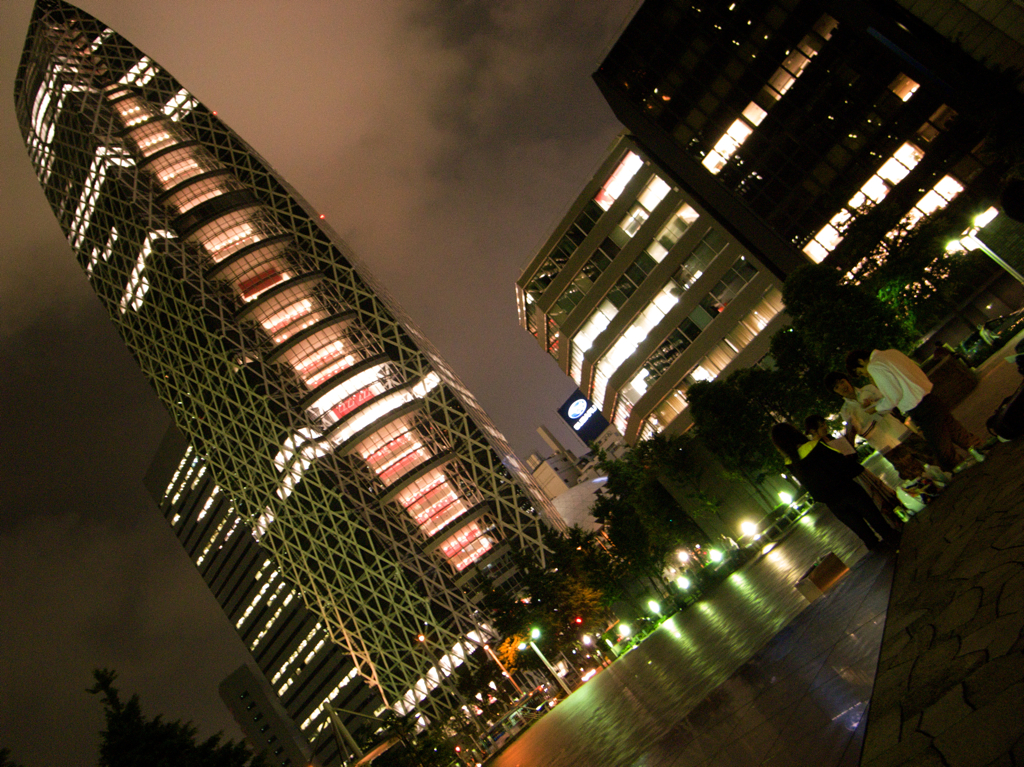 COCOON TOWER 01