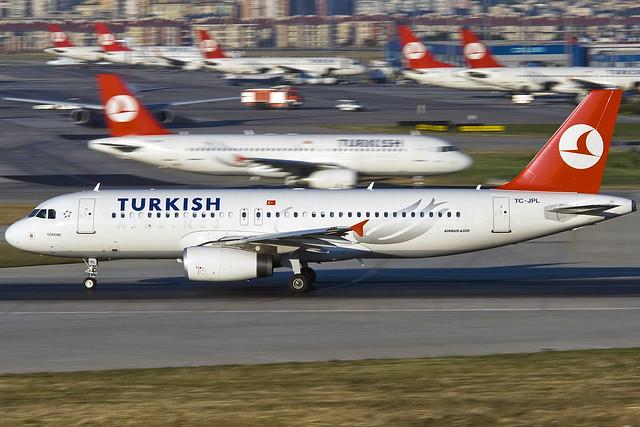 TURKISH AIRLINES TC-JPL