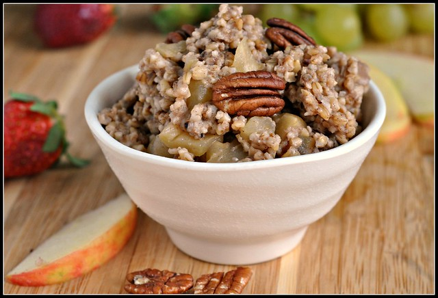 Baked Steel Cut Oatmeal with Apples and Cinnamon 4