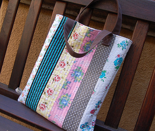 Quilting Patterns For Bags : reversible quilted tote bag Explore ayumills photos on Fl? Flickr - Photo Sharing!