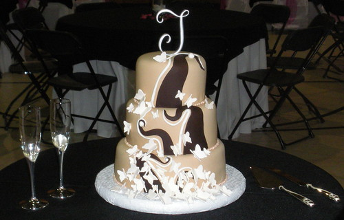 Chocolate swirls butterfly wedding cake