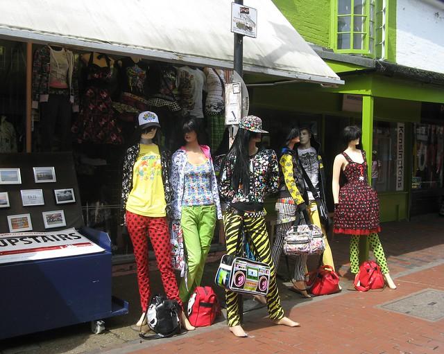 retro vintage clothes shops brighton sussex