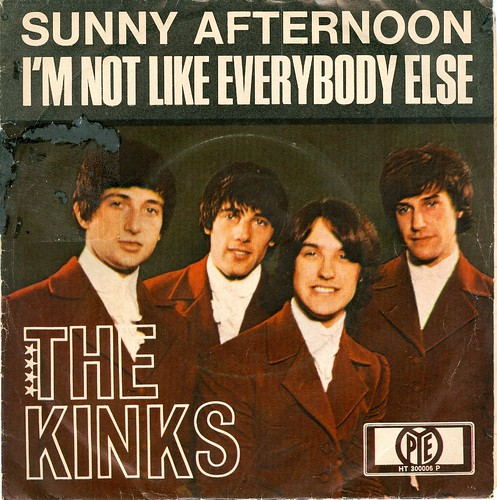 1966 - Kinks, The - Sunny Afternoon - D