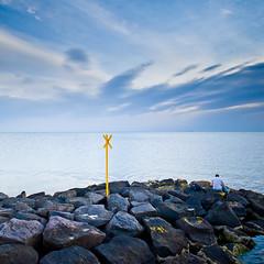 Rocks / Sea / People by ►CubaGallery