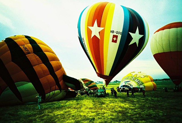 hot air balloon clark
