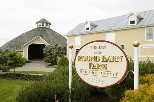 Inn at the Round Barn Farm Waitsfield, Vermont For Romatic ...